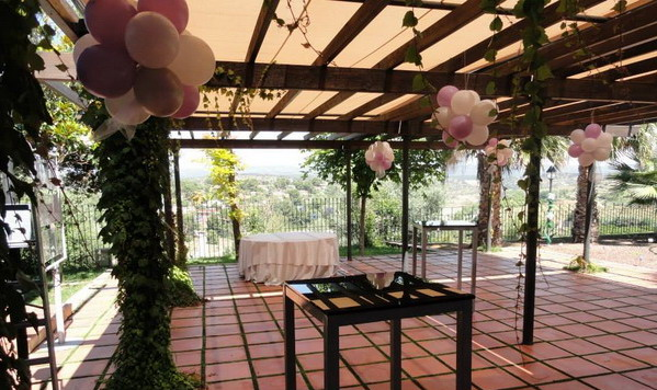 Wow decoracion con globos en salones y jardines for Arreglos para boda en salon