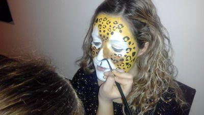 maquillaje de fantasia mujer leona