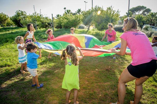 trucos para organizar una comunin o cumpleaos con juegos al aire libre