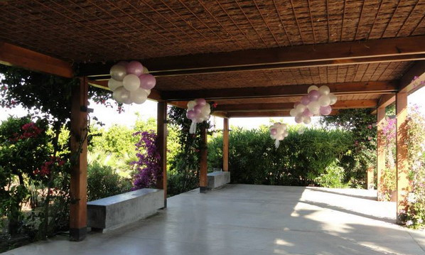 Wow decoracion con globos en salones y jardines for Jardines decoraciones