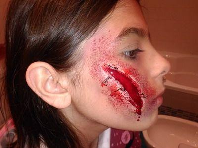 maquillaje halloween niñas sangrienta