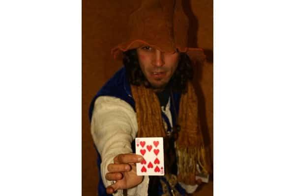 trucos de magia para niños con cartomagia